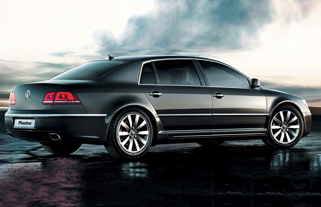 volkswagen phaeton to be discontinued by 2016 zigwheels. Black Bedroom Furniture Sets. Home Design Ideas