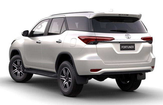 Fortuner rear profile