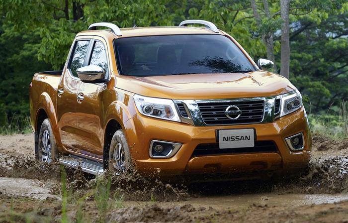 navara off-roading
