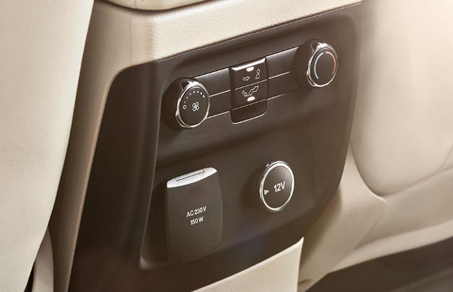 everest rear AC controls