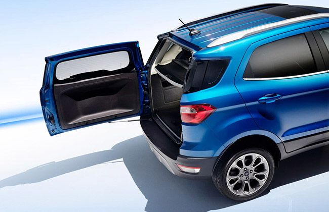 2017-ford-ecosport-facelift-tailgate