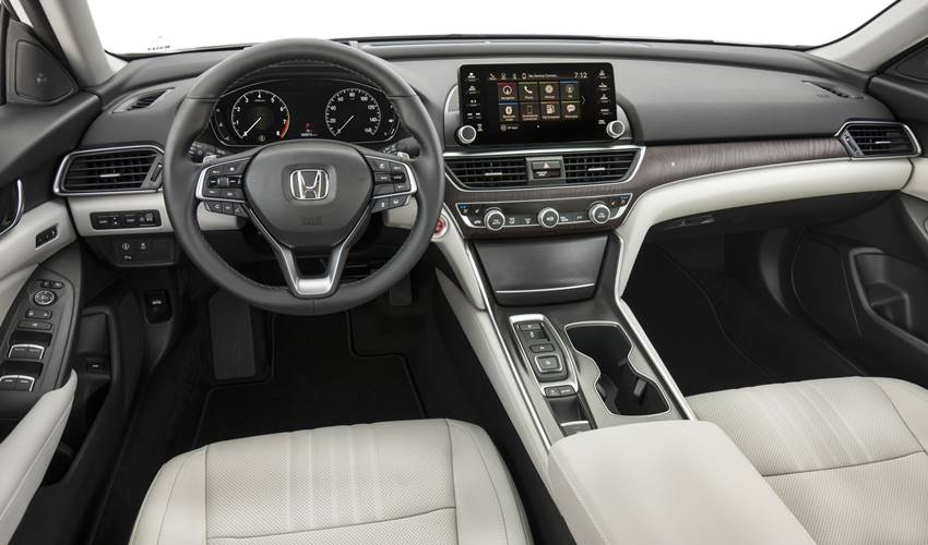 interior Accord 2018