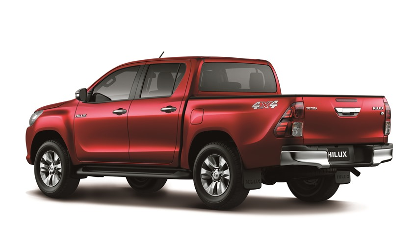 TOYOTA NEW HILUX Double Cabin V Type exterior