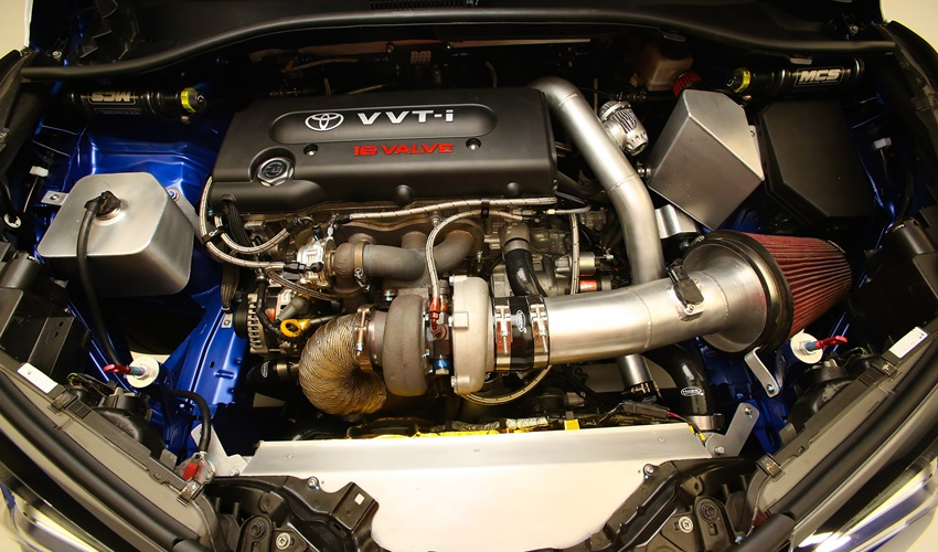 Toyota-C-HR-R-Tuned-engine