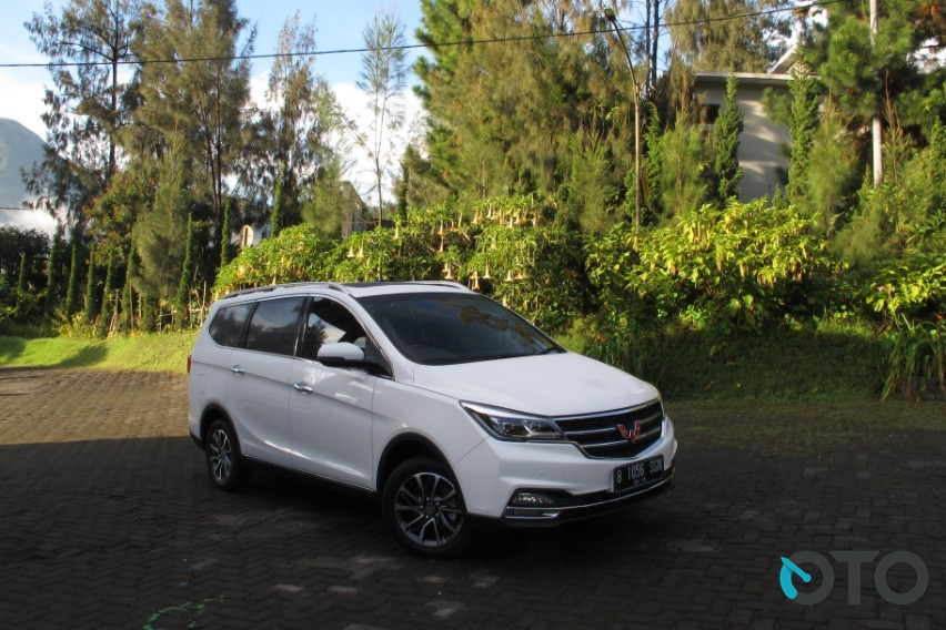 Road Test Wuling Cortez 1.8 L Lux+ i-AMT  Too Good To Be True (Part ... 57d021c4db